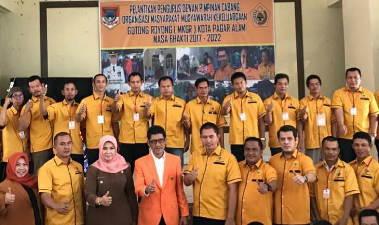 Pelantikan Pengurus DPC Ormas MKGR Kota Pagar Alam, Foto : IST
